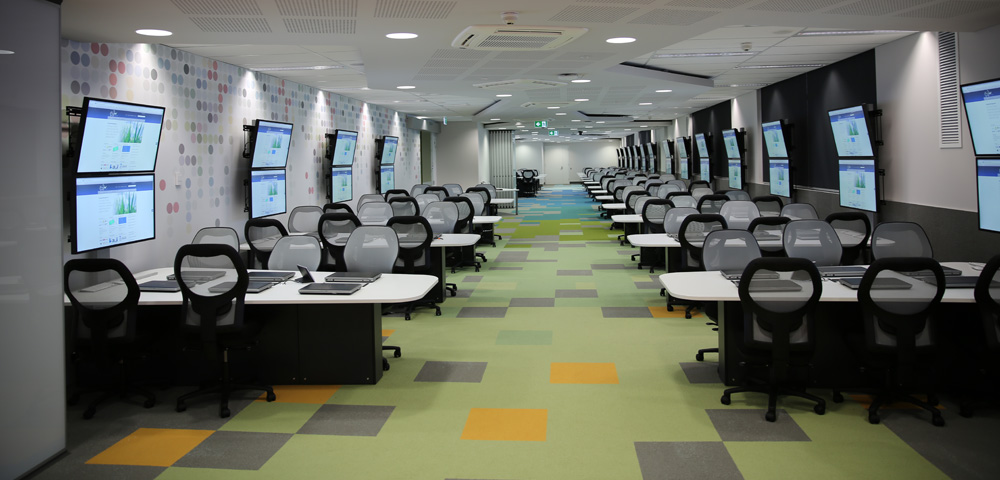 Collaborative Setting Classroom : University based pd on course development in perth